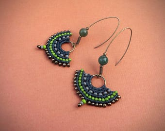 macrame earrings, handcrafted earrings, gipsy boho style, czech seed beads, glass seed beads, beaded earrings