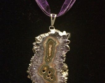 Geode Pendant Necklace