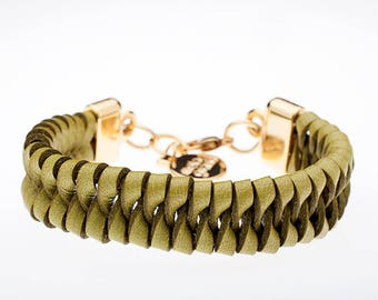 Italian Leather Bracelet-braided Gold Finish With ferrules In Zamak.   Model: M-159-O
