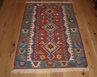 Beautiful Handmade Turkish Kilim, 167 x 114cm, Made With Hand Spun Wool & Natural Dyes