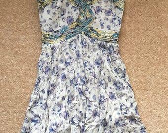90s inspired strapless floral mini dress