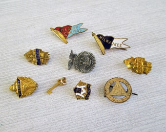 Eight Little Vintage Lapel Pins