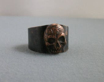 Lucky 13 Copper Skull Ring, hammer textured dark patina size 11.5 US- men's jewelry -  copper ring - copper jewelry - skull ring