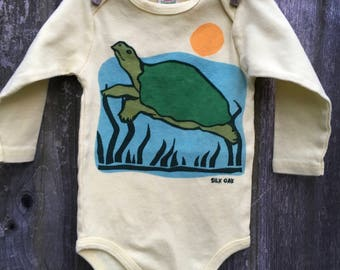 Organic Moss Green Turtle Long Sleeve Bodysuit