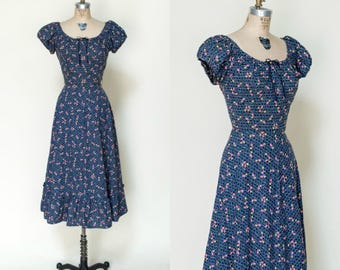 1950s Day Dress --- Vintage Novelty Print Dress