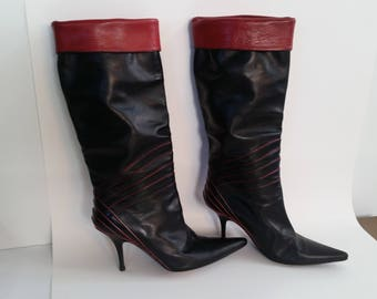 """New wave Punk vintage 80s 90s Black leather Boots Soula Italian Funky pointy 3"""" stiletto heels Red cuffs piping U.S. size 4.5, E.U. 35.5"""