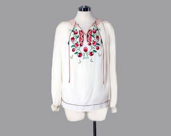 Vintage Embroidered Peasant Blouse /Top - Medium