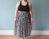 plus size skirt | plus size vintage skirt  90s midi skirt | 1X