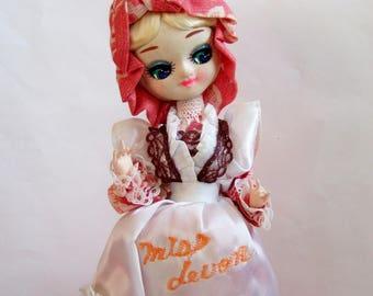 Miss Devon - Vintage Pose Doll in Kitsch Milkmaid's Outfit - 1970s Kitsch Big-Eyed Souvenir Doll