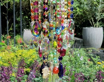 Summer Boho Antique Crystal Wind Chime, Multi Color Crystal Wind Chime, Bohemian Wind Chime, Gypsy Wind Chime, Garden Art, Crystal Art