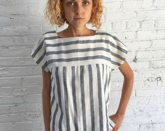 vintage black and white striped top / linen stripe top / boxy cropped top