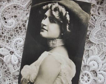 Antique French real photo postcard, Antique French actress RPPC, Girl with pearls photo postcard, Belle Epoque photo postcard, fashion