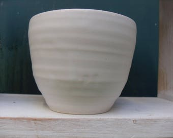 Wibbly White Bowl for food or as a plant pot