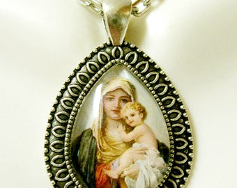 Madonna and child pendant with chain - AP15-041