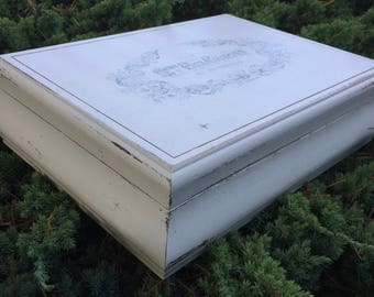 Heirloom White Vintage Jewelry Box French Script Shabby