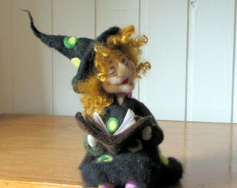 Home witch Art doll Needle felted Felted witch Halloween decor Home decor Kitchen witch