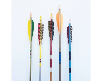 Vintage Wood Arrows / Feather Tops / Pre Selected Set of 5