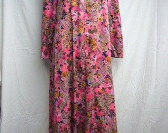 Vintage Paisley Floral MuuMuu Dress 3/4 Sleeve Size Medium With Pockets