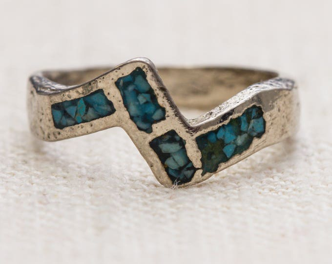 Turquoise and Silver Vintage Ring Chevron Southwestern Handmade US Womens Size 6 7RI