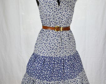 70s Boho Chelsea Girl blue and white floral tiered midi smock dress with Broiderie Anglaise lace trim size S