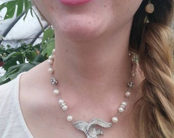 MAJESTIC EAGLE  vintage  assemblage antique patriotic PEARL  necklace