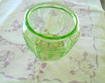Vintage Depression Glass Biscuit Jar / Green Glass / Cookie Jar / Anchor Hocking / 1930s / Princess Pattern / Vintage Kitchen / Pantry