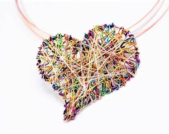 Purple heart necklace Wire sculpture art necklace Heart pendant Modern hippie jewelry Valentine day gift for women Everyday necklace Unusual