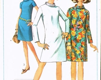Mod Vintage 1960s Simplicity 7380 A Line Roll Collar Shift Dress Sewing Pattern B34