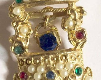 Vintage Wishing Well Rhinestone Faux Pearl Brooch Figural Jewelry