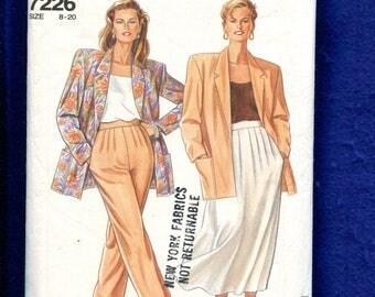 Simplicity 7226 Loose Fitting Notched Collar Jacket with Strong Shoulders Front Pleated Skirt & Pants Size 8 to 20
