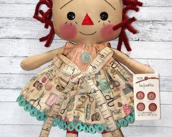 Sewing Annie - Primitive Raggedy Ann Doll (HAFAIR)