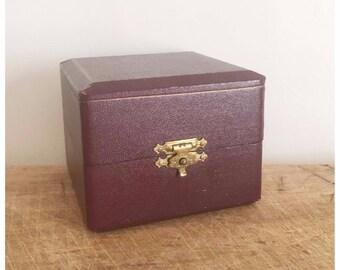 Antique jewel box, Vintage leather box, Jeweler's, 1950s, Mid century, Etui Boite à bijoux