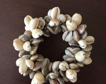 Stretchy Shell Bracelet