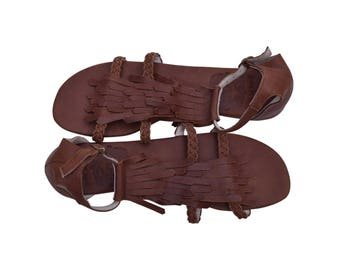 SALE. Sz. 9. SUMMER LUSH. Leather sandals / barefoot sandals / women shoes /  leather shoes / flat shoes.