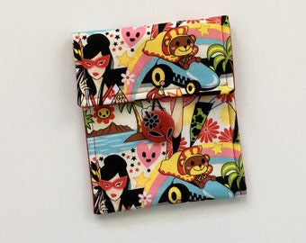 Kawaii Button Pouch, Anime Pouch, Red Button Pouch, Accessory Bag, Travel Bag, Bag Organizer, Cell Phone Case, Camera Case