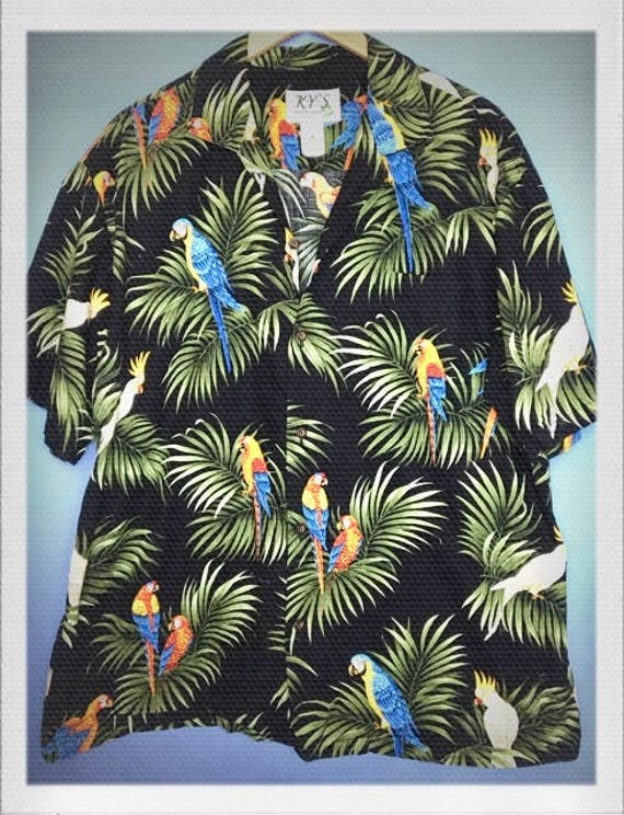 """Vintage Men's Hawaiian Shirt Size Extra Large 22"""" width 29"""" length"""