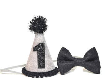 Boy Felt Birthday Hat and Bow Tie set ||  First Birthday Party Hat || First Birthday Hat || Boy  Birthday || Heather Grey and Black