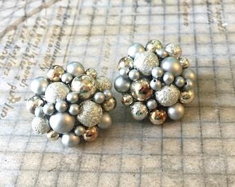 Vintage Silver Bead Cluster Earrings   Gray Cagework Clip Earrings JAPAN Riveted Button Clip Earrings