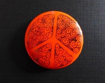 Vintage Psychedelic Peace Button/ 1960s Peace Symbol/ Anti Vietnam War