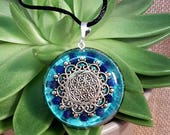 Lapis Lazuli Orgone Pendant  - Mandala - Spiritual Jewellery - Third Eye and Throat Chakra Energy - Healing Crystal Pendant - Large