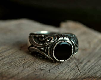 """SALE -25% size US 9 1/4 Sterling Silver Ring """"Divitarium"""" with Black Onyx 