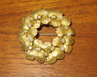 Vintage Designer Signed Miriam Haskell Gold Gilt Faux Pearl Pin Brooch - Free Shipping