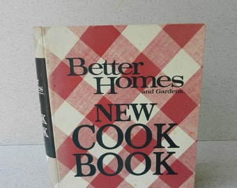 1968 Better Homes and Gardens New Cook Book, 1972 5th Printing Edition, Cookbook, Complete Ring Bound Version, Plaid Cover