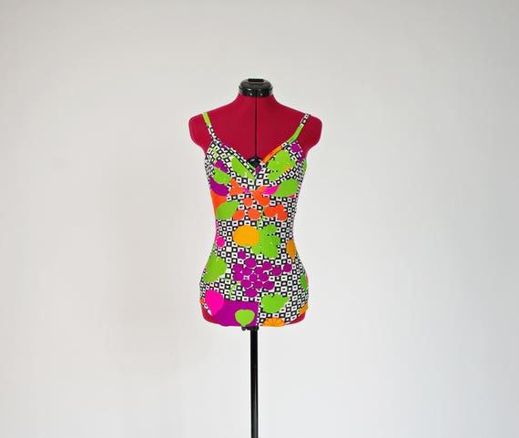 SALE! 60s Vassarette colorful mods bathing suit made in USA / size S