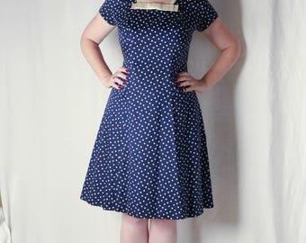 Late 1940s stunning brushed cotton hexagonal pattern day dress