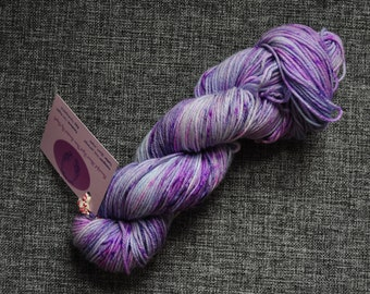 Dreamscapes DK SW merino nylon sock yarn hand dyed skein