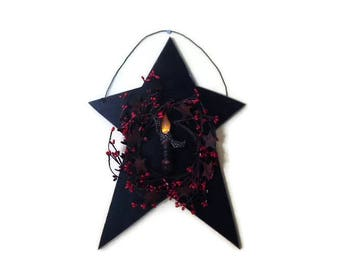 Country Home Decor, Star and Wreath, Primitive Star, Red Pip Berry with Rusty Star Wreath, Timer Candle, 18 X 12, Handmade, Made in the USA