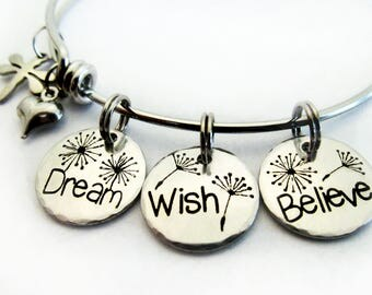 Bangle Bracelet ~ Dream Wish Believe