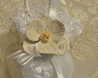Almond favors, Baptism favors  with Capodimonte flowers, favors, koufeta mementos, italian favors, First Communion, confirmation AF1511