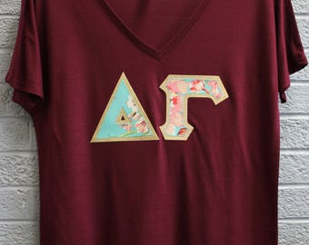 Delta Gamma Maroon Bella Flowy V-Neck With Amy Butler Bliss Bouquet on Gold Metallic (254C)